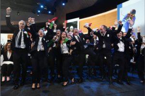 L'esultanza della delegazione italiana a Losanna dopo l'annuncio della assegnazione a Milano-cortina delle Olimpiadi Invernali 2026