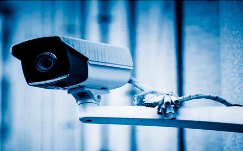 Telecamere sul lavoro: legittime per controllo dipendenti