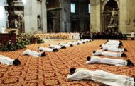Chiesa cattolica in crisi: mancano vocazioni