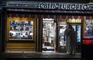 Roma, rapina con morto e rogo in libreria. Città sempre meno sicura