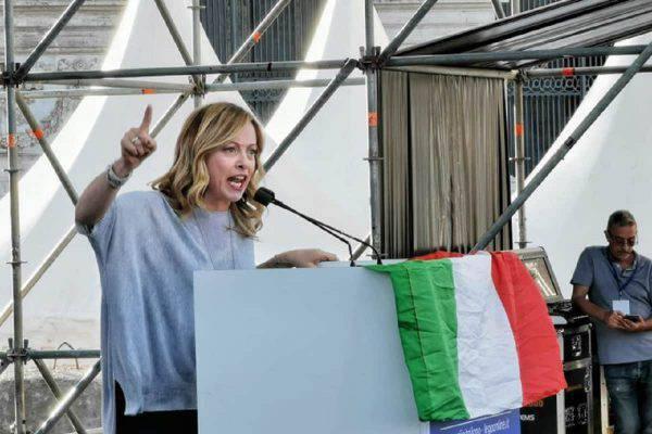 Fratelli d'Italia, unico partito che continua a crescere