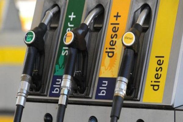 Diesel+, non verde ma altamente inquinante. Antitrust multa Eni