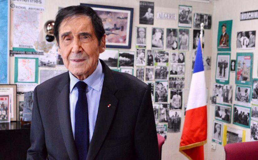 Francia, sindaco 97enne corre per nuovo mandato