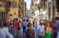 In Europa i giovani sempre più distanti da politica e religione
