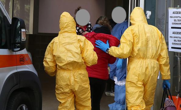 Pandemia inarrestabile: 500mila casi nel mondo.In Italia curva in salita