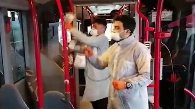 Covid-19: mascherine sui mezzi pubblici. Guida Inail