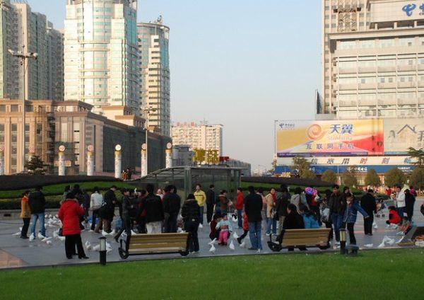 Covid, Cina: zero decessi. Wuhan libera da ultime restrizioni
