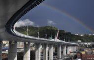 Genova, aperto al traffico nuovo ponte che sostituisce viadotto Morandi