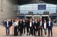 Terremoto nel M5S: 4 europarlamentari abbandonano il gruppo