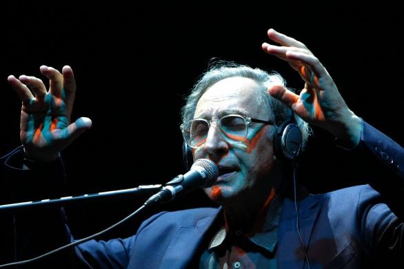 Ciao Maestro di poesia, di musica, di vita!